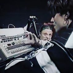 The Prodigy's Liam Howlett rocking the Roland TR 909 in 1992.