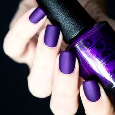 40 top purple nails are punchy and perfect - Nagellack - Fancy Nails, Love Nails, How To Do Nails, Pretty Nails, My Nails, Purple Acrylic Nails, Matte Nails, Dark Purple Nails, Essie