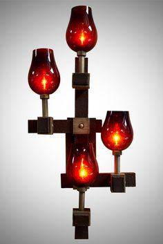 Spike Lighting 286_999685_FireplaceScone