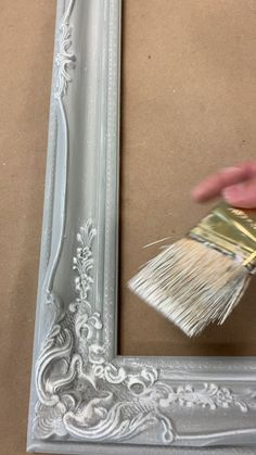 DIY Chalk Painted Frame by HallstromHome - Learn how we chalk paint our frames for mirrors, chalkboards and memo boards in our custom shop. Chalk Paint Mirror, Mirror Painting, Painting Frames, Painted Mirrors, Custom Mirrors, White Chalk Paint, Chalk Paint Diy, Body Painting, Furniture Projects