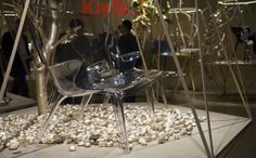 canape-banquette-oncle-jack-philippe-starck-stand-kartell-milan-2014