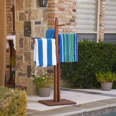 Upton Home Raylen Eucalyptus Natural Oil Finish Towel Rack | Overstock.com Shopping - Great Deals on Upton Home Garden Accents