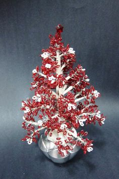 Red and White Beaded Christmas Tree