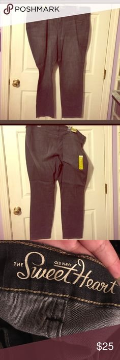 🌟NWOT Old Navy Jeans Regular 24W PLEASE READ👇 NWOT🌟 Clean never worn. Ok I bought these jeans from a great PoshMark seller BRAND NEW with tags still on them. However they are sized wrong by Old Navy‼️ 😳😱😦. Why this happen I'm not sure but I do understand why this young lady was selling them. All the tags said size 20 but were super loose on me and now I'm rePoshing with accurate size which is 24W!!! 😵😯😅. I can't believe it this is the 2nd time I get pants that are not accurate in…