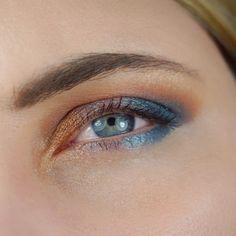 Tarte Be a Mermaid & Make Waves Eyeshadow Palette #mermaid #mermaidlife #mermaidparty #mermaidnails #meerjungfrau #tartecosmetics #tarte #eyeshadow #eyemakeup #makeupgeek
