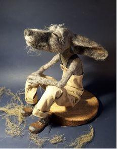 Top do autor Tatyana Lebedeva . Needle Felted Animals, Felt Animals, Wet Felting, Needle Felting, Felt Mouse, Cute Mouse, Soft Sculpture, Felt Art, Fabric Art