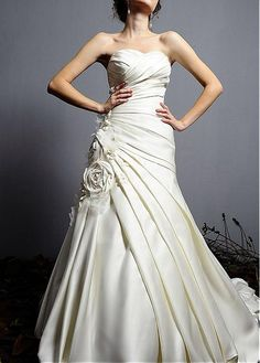 MODERN SATIN ORGANZA A-LINE STRAPLESS SWEETHEART DRAPED BEADED WEDDING DRESS WITH HANDMADE FLOWERS GOWN