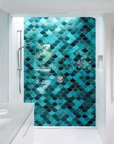 Paging Ariel: Mermaid Tiles Are So In Right Now - Haus Ideen - Bathroom Decor Kid Bathroom Decor, Small Bathroom, Bathroom Ideas, Modern Bathroom, Fish Bathroom, Bathroom Designs, Bathroom Interior, Mermaid Tile, Ariel Mermaid