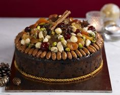 Dried Fruit Cake Decoration : 1000+ images about Christmas cakes and craft on Pinterest ...