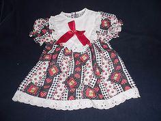alte-Puppenkleidung-huebsches-Sommerkleid