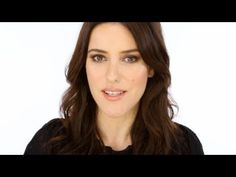 Lisa Eldridge on How to Create The Autumn Look - CHANEL Makeup http://www.youtube.com/watch/?v=dGrIEbvly0k