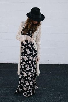 Love everything about this outfit, including the fedora!