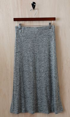 (http://www.shopconversationpieces.com/midi-love-a-line-skirt-2-tone-gray/)