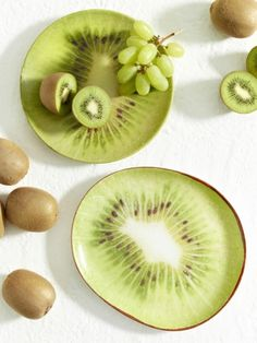 Zum Anbeißen: Auf diesen originellen Obsttellern präsentieren Sie Kiwis und andere Früchte auf besonders geschmackvolle Art. Unbedingt nachmachen!