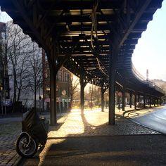 ღღ U bahn tracks through the city of Berlin