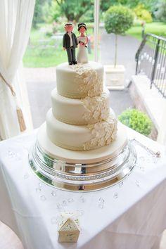#rodbastonhall #weddingcakes