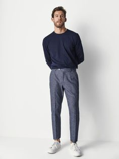 Discover the latest men's trousers for Spring/Summer Striped, checked, plain, cotton or linen trousers for men at Massimo Dutti to reinvent your wardrobe. Man Street Style, Stylish Mens Outfits, Mens Smart Casual Fashion, Hipster Outfits Men, Men Hipster, Moda Formal, Look Man, Scandinavian Fashion, Linen Trousers
