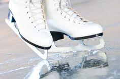 O Passeio das Águas Shopping traz de volta a Goiânia a pista de patinação no gelo para crianças e adultos. A idade mínima para patinar sem acompanhante é de cinco anos. Crianças a partir de dois anos também podem participar da atração, mas é necessário alugar o Ice Car. Veja no site www.arrozdefyesta.net os preços e horário de funcionamento.
