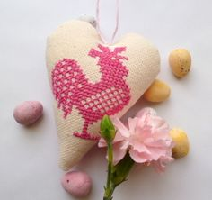 Easter heart decoration- cross stitch rooster