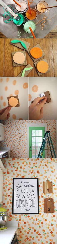 Ingeniosa idea para pintar tus paredes creando tus propios patrones / Via abeatifulmess