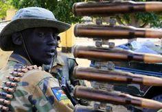 31-Dec-2013 9:54 - FELLE STRIJD OM DE STAD BOR IN ZUID-SOEDAN. In Zuid-Soedan zijn vanochtend gevechten uitgebroken in Bor, de hoofdstad van de deelstaat Jonglei. Strijdkrachten van de rebellen proberen de...