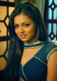 Drashti Dhami  Photo Gallery #DrashtiDhami #FoundPix #Bollywood