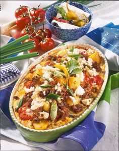 Hack-Auflauf auf griechische Art - list of healthy recipes Casserole Recipes, Soup Recipes, Dinner Recipes, Cooking Recipes, Healthy Eating Tips, Healthy Recipes, Good Food, Yummy Food, Carne Picada