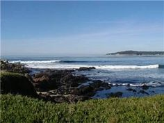 Carmel, CA: Unobstructed ocean & Pebble Beach views from this lovely 2 bedroom (queen, twins & hide-a-bed), 2 bath home. Living room has many windows & gas-log fi. Gas Fireplace Logs, Gas Logs, Hide A Bed Couch, Oceanfront Vacation Rentals, Hidden Bed, California Vacation, Ocean Views, Pebble Beach, Skylight