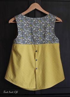 Casual T Shirts Women S Fashion Product Blouse Patterns, Blouse Designs, Diy Clothes, Clothes For Women, Kurta Neck Design, Sewing Blouses, Vetement Fashion, Shirt Refashion, Couture Tops