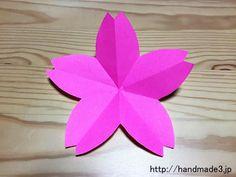 折り紙で桜の花を作った