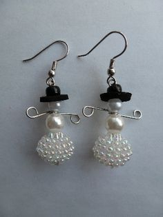 How to make beaded snowman earrings: http://www.youtube.com/watch?v=4JxCq-nTROc