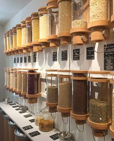 More and more zero waste shops are popping up! This signals the growth of the movement towards less waste. Photo: @zerowastebern Reduce Waste, Bulk Store, Eco Store, Store Design, Zero Waste Store, Patios, Waste Reduction, Bulk Food, Food Waste