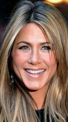 jennifer_aniston_celebrity_smile_blonde_97703_1080x1920.jpg (1080×1920)