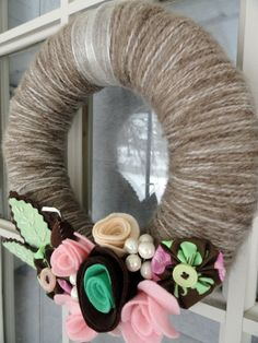 lotsa cute wreaths here
