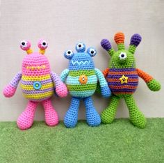 Bug Eyed Monsters Amigurumi Pattern