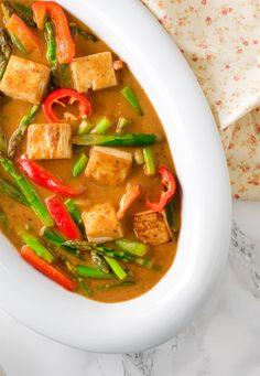 Orange Tofu Asparagus under 15 minutes vegan / how to make orange tofu recipe