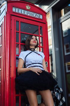 ANNA wins LONDON hearts - read our latest magazine article Magazine Deals, Magazine Articles, Anna Tutu, London Heart, Winning London, Punk, Lifestyle, Red Lips, Skirts