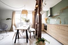 A real designer flat for sale at a bargain price for buyers who are looking to move to a bright, airy but still quiet home in Budapest downtown. Flats For Sale, Apartments For Sale, Budapest, Property For Sale, Cozy, Bright, Flooring, Furniture, Design