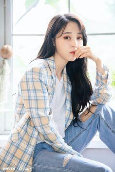Sulli, South Korean Girls, Korean Girl Groups, Mamamoo Moonbyul, I Love Girls, Pretty Girls, Girl Crushes, Kpop Girls, My Girl