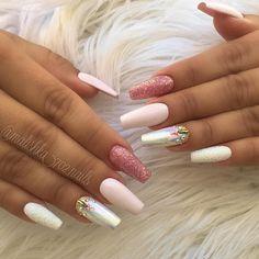 "3,210 Gostos, 61 Comentários - Ana karpova (@malishka702_nails) no Instagram: ""Nails by Gaby!"""
