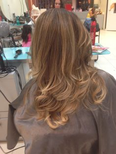 Beautiful blonde oh so fab!! Kristy @ Clip 905-632-2547
