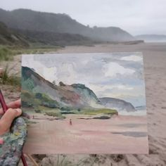 Playón de Bayas. No os creeréis que media hora antes el cielo era azul puro y yo me estaba bañando.. You won't believe that 30min before the sky was blue intense and I was swimming in the Sea.. #pleinairpainting #pleinair #coastalpainting #Painting #artwork #oilpainting #oilonboard #alaprima#landscape #landscapeart #seascape #artcollector #instaart #sealovers #Catilustre #Asturias #atlanticcoast #foggybeach