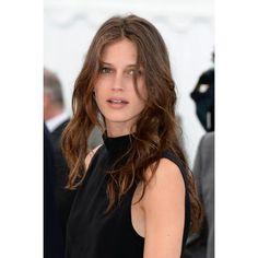 Beauty-News: Die Pariserin   Harper's BAZAAR