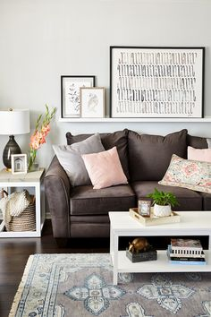 Living Room Colors With Brown Couch Frames 18 Ideas Brown Couch Living Room, Living Room Colors, Living Room Designs, Living Rooms, Decor With Brown Couch, Barn Living, Living Spaces, Contemporary Living Room Furniture, Living Furniture