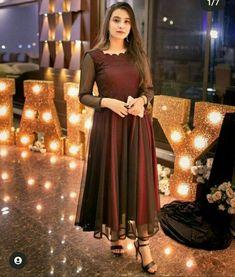 Party Wear Indian Dresses, Pakistani Fashion Party Wear, Pakistani Dresses Casual, Indian Fashion Dresses, Pakistani Dress Design, Girls Dresses Sewing, Stylish Dresses For Girls, Frocks For Girls, Stylish Dress Designs