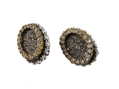 EYE-CATCHING CLIP-ON EARRINGS GLASS SILVER DUST WITH CRYSTAL STUDDED FINDINGS Elegant Gowns, Gowns Of Elegance, Clip On Earrings, Stud Earrings, Druzy Ring, The Ordinary, Jewelry Design, Eye, Crystals