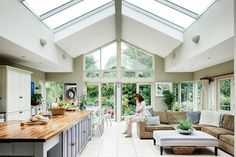 Real home: a light and airy extended bungalow Jacqueline and Adrian Neville maximised the potential of their bungalow and created the perfect family space Kitchen Diner Extension, Open Plan Kitchen, Kitchen Extension Ideas Ireland, Kitchen Extension Pitched Roof, Orangery Extension Kitchen, Conservatory Extension, Space Kitchen, Family Kitchen, Kitchen Floor