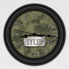 Camouflage Camo Hunting Army Personalized Children's Decorative Wall Clock