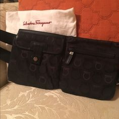 Salvatore Ferragamo belt purse (fanny pack) Very good condition! Salvatore Ferragamo Bags Travel Bags