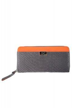 DIANE VON FURSTENBERG grey zip continental purse 100% leather